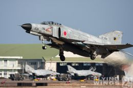 http://www.flying-wings.com/plugins/content/sige/plugin_sige/showthumb.php?img=/images/galleries/21_Japan_Phantoms/Nyuta1/20081210-_F-4-2752_Zeitler.jpg&width=260&height=300&quality=80&ratio=1&crop=0&crop_factor=50&thumbdetail=0
