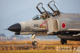 http://www.flying-wings.com/plugins/content/sige/plugin_sige/showthumb.php?img=/images/galleries/21_Japan_Phantoms/Nyuta4/20091130-Japan09_F-4-6374_Zeitler.jpg&width=260&height=300&quality=80&ratio=1&crop=0&crop_factor=50&thumbdetail=0