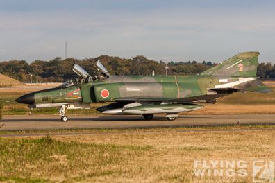 http://www.flying-wings.com/plugins/content/sige/plugin_sige/showthumb.php?img=/images/galleries/21_Japan_Phantoms/Phantoms/20051116-Japan_RF-4EJ-7540_Zeitler.jpg&width=396&height=300&quality=80&ratio=1&crop=0&crop_factor=50&thumbdetail=0